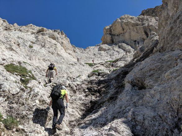 La paretina finale per uscire sulla cresta