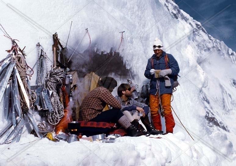 Una foto di repertorio della scalata