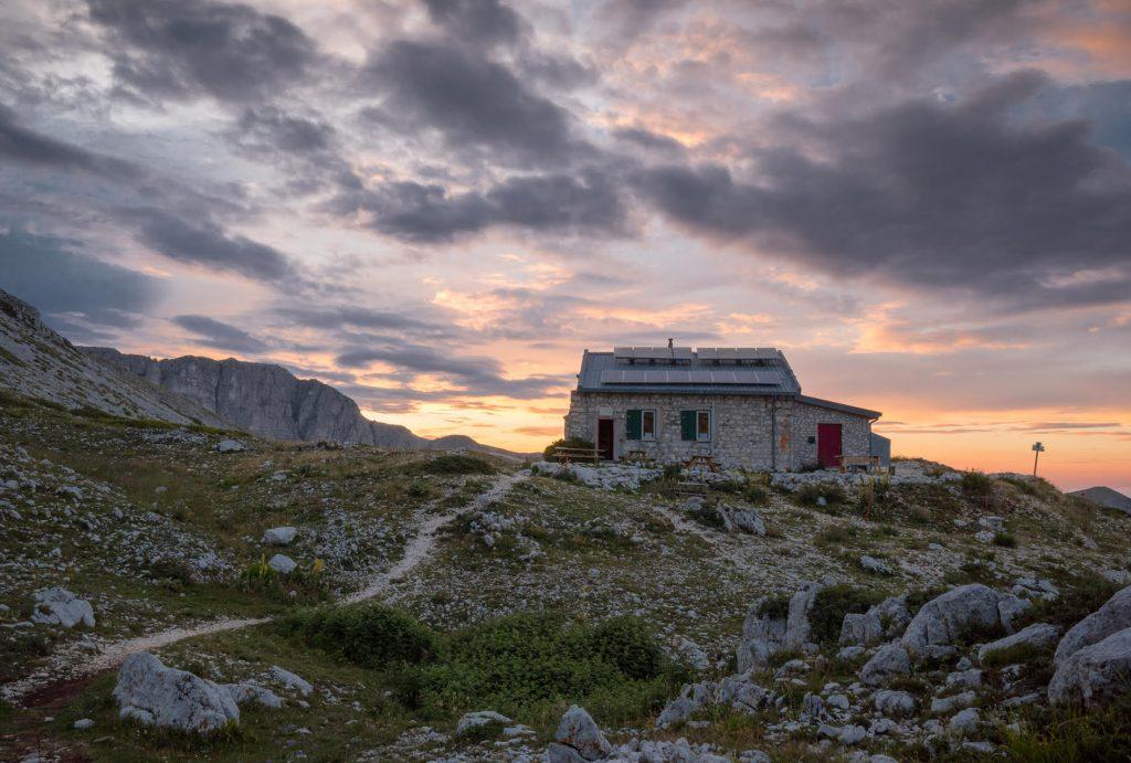 Rifugio Sebastiani, Monte Velino. Foto di Teimy Ala