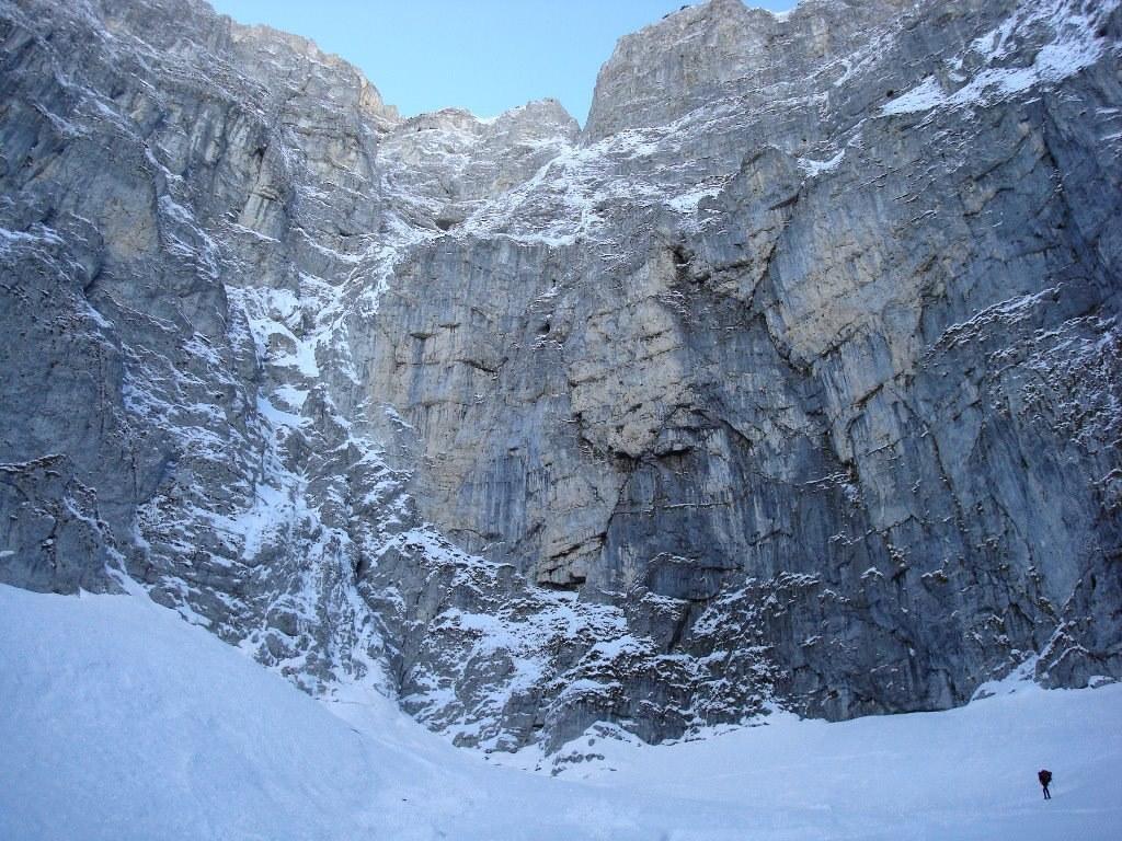 Tentativo invernale 2008 alla parete nord delle Murelle